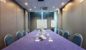Sala meeting Senigallia 30 posti imperiale